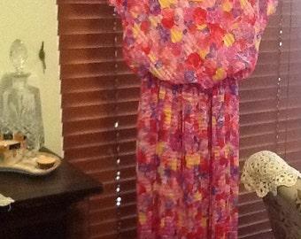 Pretty pink floral vintage dress