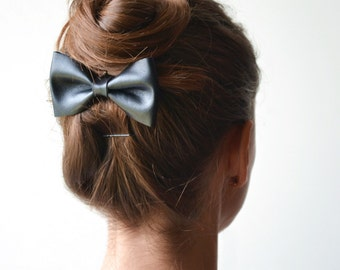 Black leather hair bow / Black leather bow clip / Hair accessories / Black hair bow