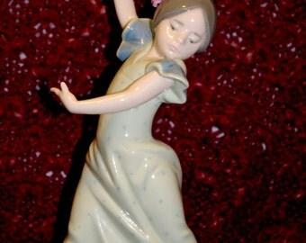 """LLADRO #5192 """"LOLITA"""" Spanish Dancing Girl"""