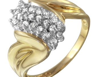 Women's Prong Setting Scattered Diamond Ring in 10k Yellow Gold (Size 7)