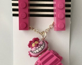 Disney Minifigure Necklace and Earrings - Cheshire Cat