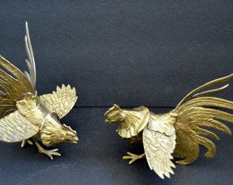 Vintage Brass Fighting Roosters Set - Decoration Figurine French Country Kitchen Decor Housewarming Present Home Decor