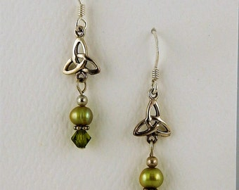 Sterling Silver Trinity Knot w/ green pearls & Swarovski crystal Celtic Irish Earrings