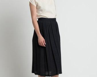 Vintage 70s Black Woven Flax Pleated Midi Skirt | 6