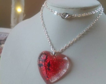Red sparkling heart, glitter heart with rose detail, gift for her, red heart pendant, faceted heart pendant