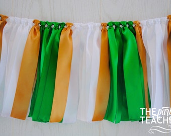 Green White Bunting - FREE Shipping - Graduation Party - Graduation Bunting - Team Bunting - Football Bunting - Ribbon Bunting - Party Decor
