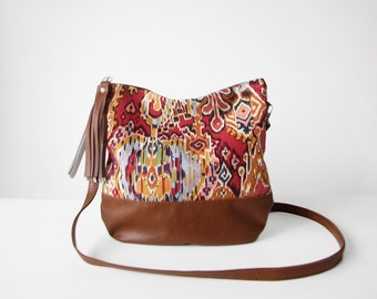 Tribal Print Boho bag, Crossbody bag, Navajo print, Canvas and Leather, Slouchy Messanger bag, Shoulder bag, Tassels, Clutch purse