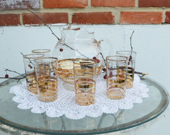 Mid-Century Gold Trim Beverage Pitcher and 6 Glasses