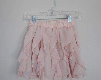 Light Pink Ruffled Mini Skirt // Ladies Size Small