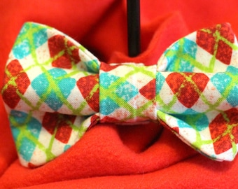 Christmas Argyle bowties for dogs !