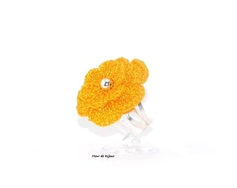 Ring crochet flower yellow