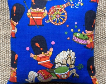 """Vintage 1960s Fabric Cushion """"Pop Parade"""" By Frieda Clowes Complete With Interior 40cmx40cm"""