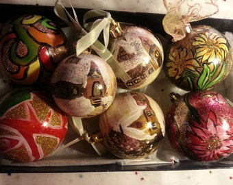 Set of 6 unique Christmas decorations - hand painted