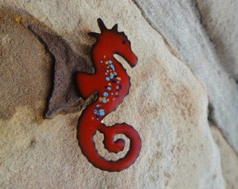 Vintage Cute Red SEAHORSE Se a Horse Brooch Pin Pendant