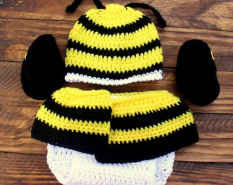 Crochet Bumble Bee Infant Set - Hat, Diaper Cover, Booties - Size 3-6 Months