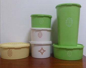 Loads of Tupperware!!