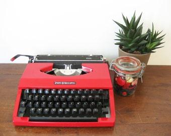 Working Typewriter Vintage Portable Red Sperry Remington Idool 1980