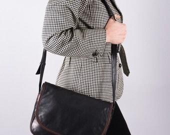Vintage Leather handbag - black leather handbag - vintage 1980 - bag - shoulder bag - black shoulder bag