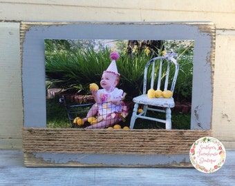 5x7 Distressed Frame, Choose your color! Wood Block Frame, Rustic Frame, Horizontal Photo, Twine