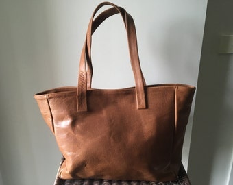 Tan Leather Tote Bag,Handmade genuine leather tote,Traditional shoulder tote bag, Leather tote bag,tan leather tote bag,leather shoulder bag