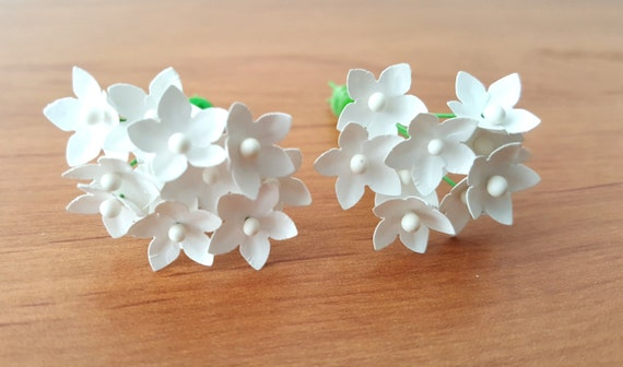 Small paper flowers set of 100 white paper flowers tiny for Small flowers for crafts