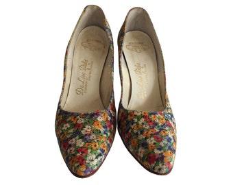 Vintage Pumps - Womens Size 8 - 1950s Shoes De Liso Debs Floral Pumps - Vibrant Floral High Heels