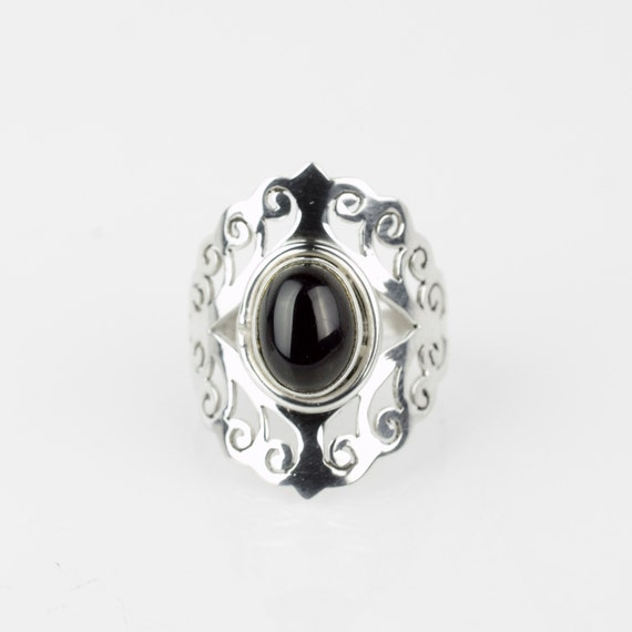 Unique Black yx Ring Sz 8 Wiccan Ring by StunnerCollective