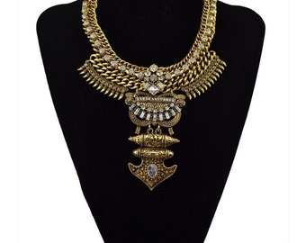 Chunky Statement necklace, latest fashion trend.