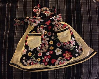 Girls Minnie mouse  1/2 apron