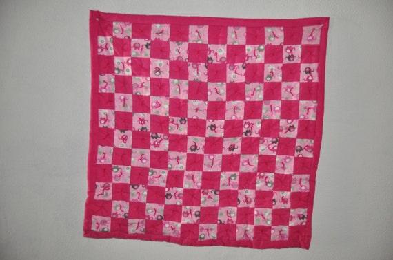 Flannel tied baby floor quilt pink elephants for Floor quilt for babies