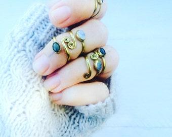 Gem stone ring, toe ring, bohemian ring, stone ring, adjustable ring, moon stone ring, labradorite ring, spiral ring.
