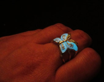 Sterling silver  butterfly ring glow in the dark