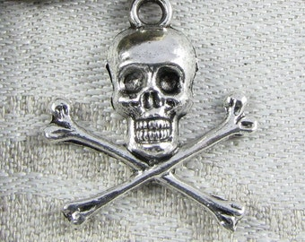 Set of (9) Skull and Crossbones Charms, 9 per package SYM018