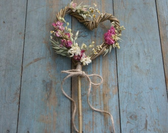 Rustic Country Dried Flower Willow Heart Wand