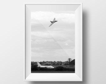 Two Vulcans - Avro / Vulcan / Bomber / Woodford / Airplane
