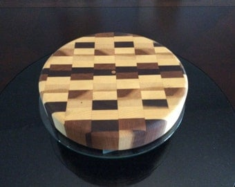 Endgrain circular cutting board