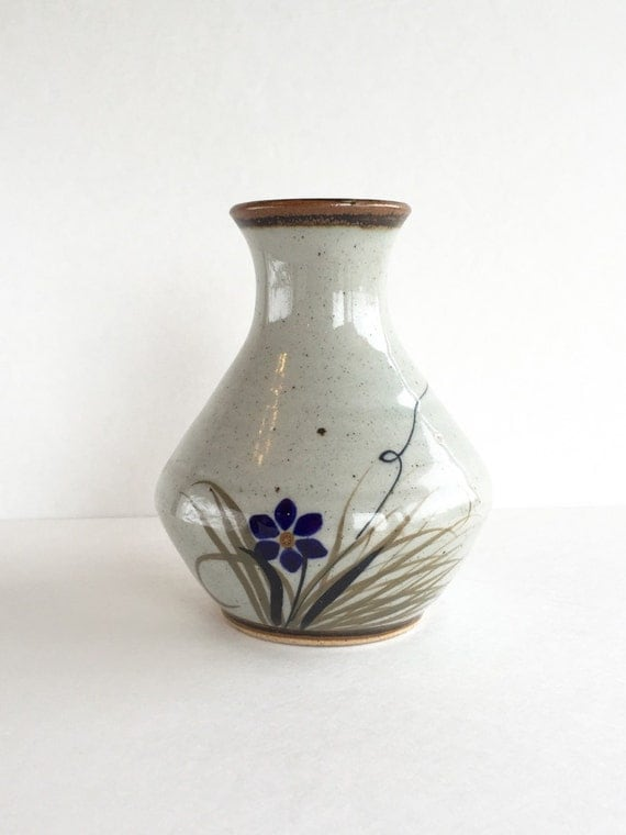 Vintage Mexican Pottery Vase by SandHollowVintage on Etsy