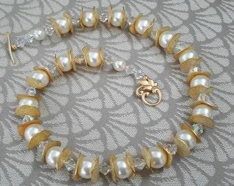Big Pearls & Crystals Necklace Set