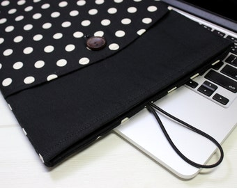 Mod Macbook sleeve, 13 black laptop case, Macbook Air 13 case, Macbook Pro sleeve, black polka dot, Black Macbook case, New Macbook Pro case