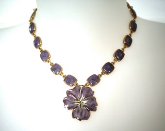 Vintage enamel necklace.