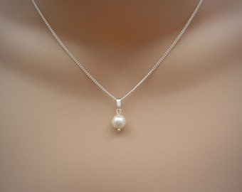 """Anne ~ Natural Genuine Cultured Freshwater Pearl Drop Necklace Bridesmaid Bridal 17"""" or 43cm chain (41f)"""