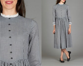 Vintage Small / Medium Black & White Gingham Dress with Black Buttons and White Broderie Anglaise Trim