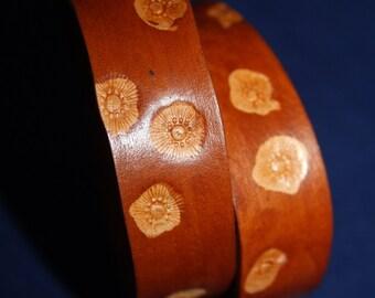 Leather bracelet brown caramel