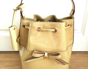 Hilly leather pullstring bag