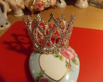 Lovely Rhinestone Crown
