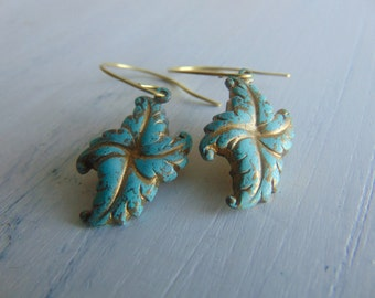 Vedigris Brass Leaves Earrings