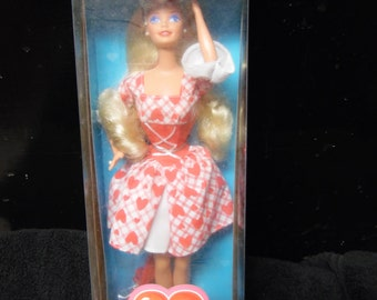 Mattel Valentine Sweetheart Barbie vintage New in box Special Edition