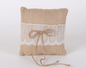 Ring bearer burlap pillow, ring bearer pillow , burlap and lace ring bearer pillow,  wedding pillow, ring holder, burlap pillow, wedding