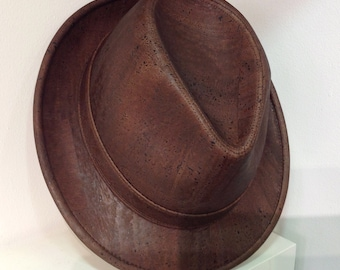 Dark brown cork hat - Vegan - Eco Friendly