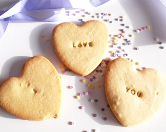 Heart Shaped Personalised Shortbread Biscuits - Heart Shaped Biscuits - Shortbread - Biscuits - Valentines